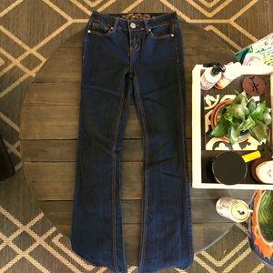 Perfect Dark Jeans!